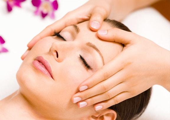 trattamento-viso-estetica-villa-annunziata